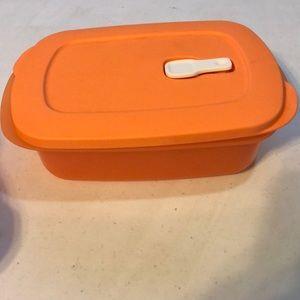 Tupperware storage container 1 liter